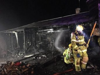 No chance: despite the hard work of several fire crews, this house was completely destroyed.